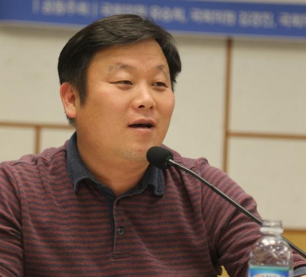 안진걸 시민위원장
