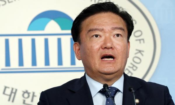 자유한국당 민경욱 대변인  / 사진 뉴시스