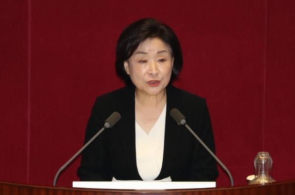 심상정 정의당 대표가 31일 서울 여의도 국회에서 열린 제371회국회(정기회) 제10차 본회의(안건심의)에서 비교섭단체 대표발언을 하고 있다. / 사진 = 뉴시스