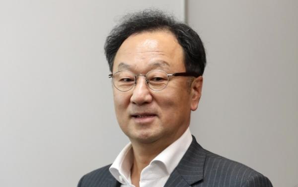 이우석 코오롱생명과학 대표가 '인보사 의혹'과 관련된 혐의로 1일 구속됐다.Ⓒ뉴시스